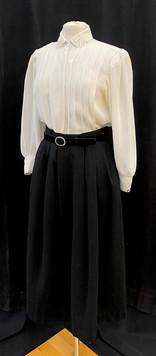 Shirt M - Skirt waist 26.jpg