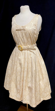 Chest 36 - cream sleeveless.jpg