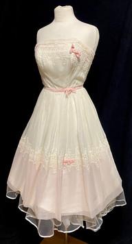 Chest 32 - sleeveless white and pink.jpg