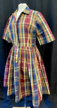 Chest 40 - Plaid short sleeve day dress.