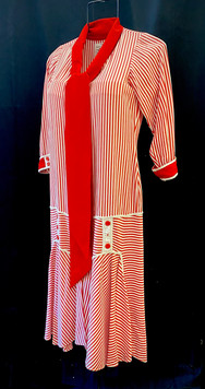 chest 34 Red and white striped dress