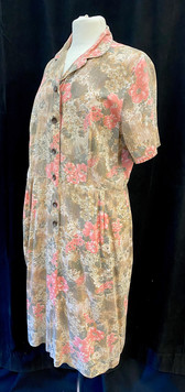 Chest 40 - Short sleeve floral day dress