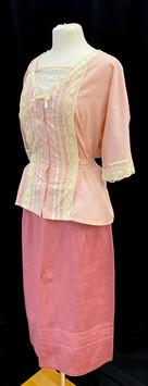 Shirt Med - Skirt waist 38.jpg