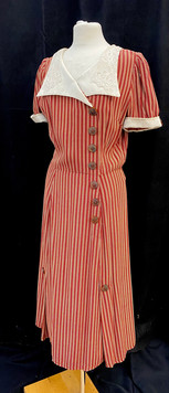 Chest 36 - short sleeve day dress.jpg
