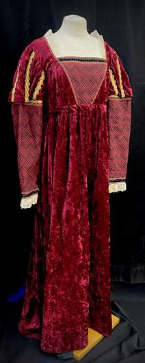 Chest 46 waist 42 red gown.jpeg
