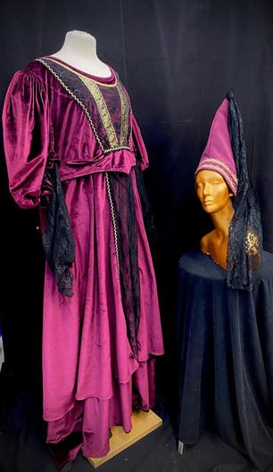 chest 56 waist 50 black and velvet gown
