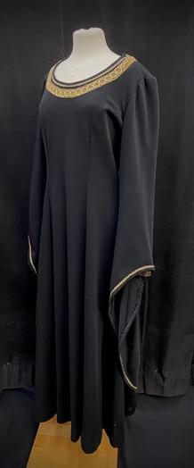 Chest 40 waist 33 black stretchy dress.j