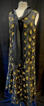 Chest 34 sleeveless black and gold