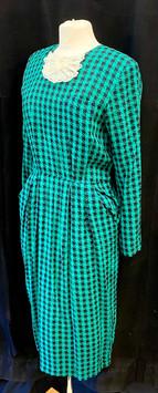Chest 36 - Green long sleeve.jpg