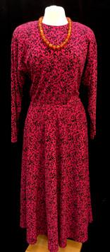 Chest 40 - 80s pink long sleeve.jpg