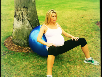 I'm Birth Ball CRAZY!!!!!! Ways to use the birth ball during pregnancy, birth & after