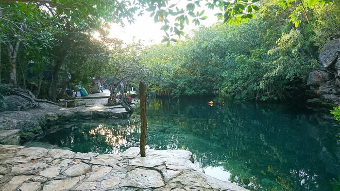 Playa Xpu-ha and Cenote Crystalino from Playa del Carmen