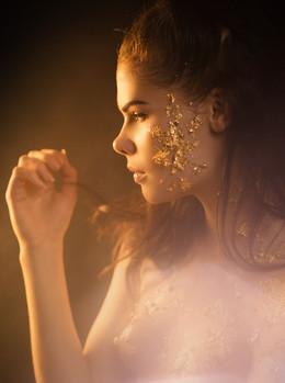 Gina Underhill - Gold Leaf