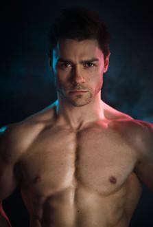 Tom Kay - Gelled Backlight Fitness