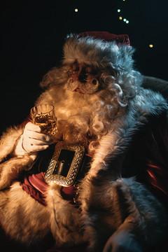 Clifford Hume - Santa