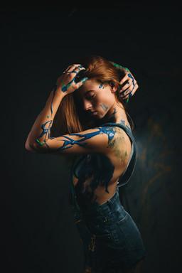 Lilith Lenihan - Paint