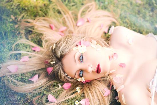 Shannon Thorne - Beauty