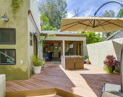 Move-in Ready in Woodland Hills