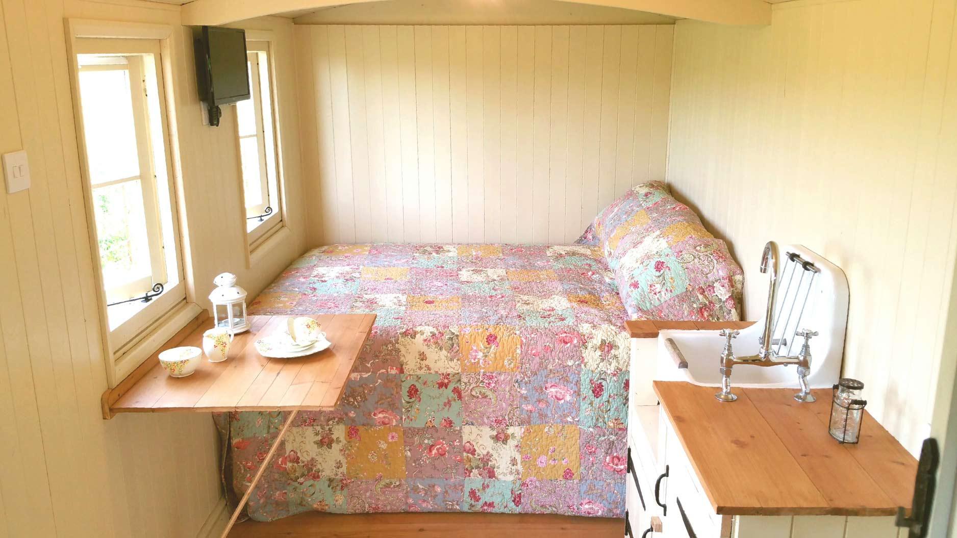 Inside-Bedroom