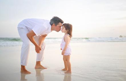 kisses for daddy! destin photographer