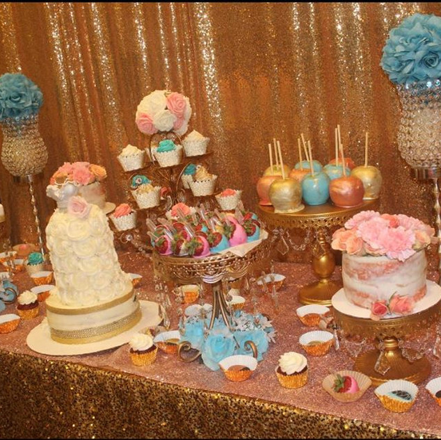Everything on The table done by Berry Cakery