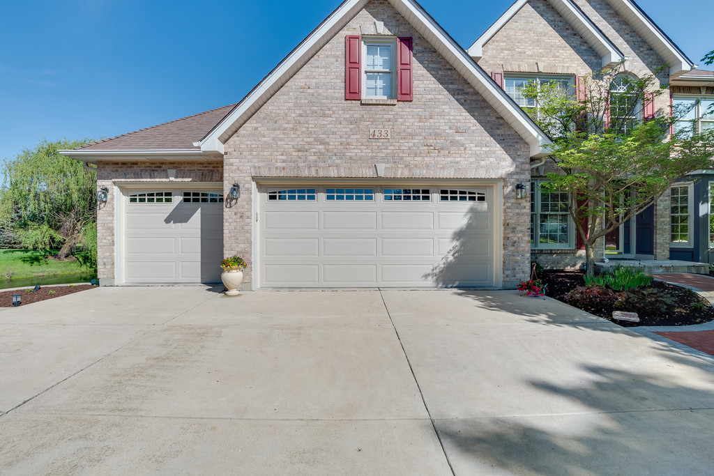 Batavia, IL new garage doors with windows.jpg