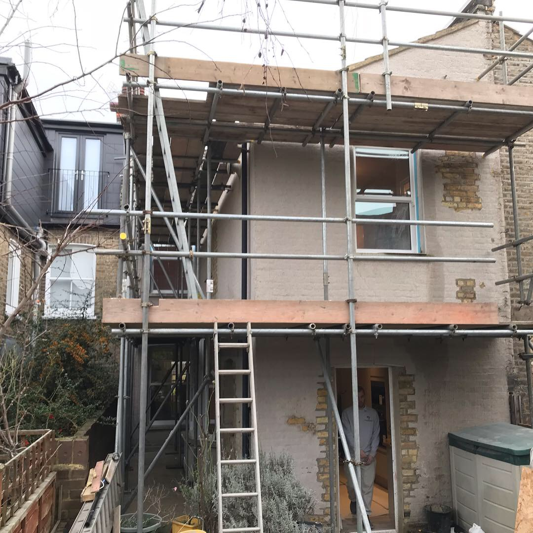 London scaffolding erected for roof repairs and redecoration