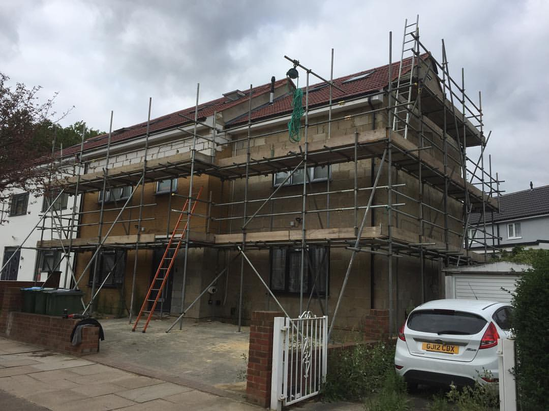 London scaffolding for house extension works