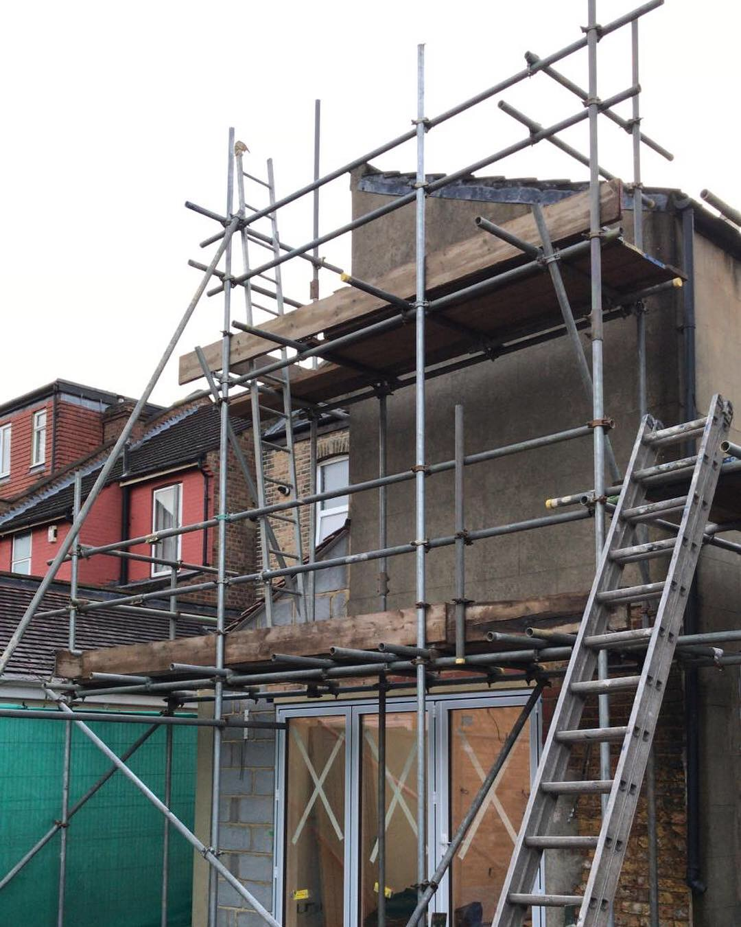 London scaffold for rendering works