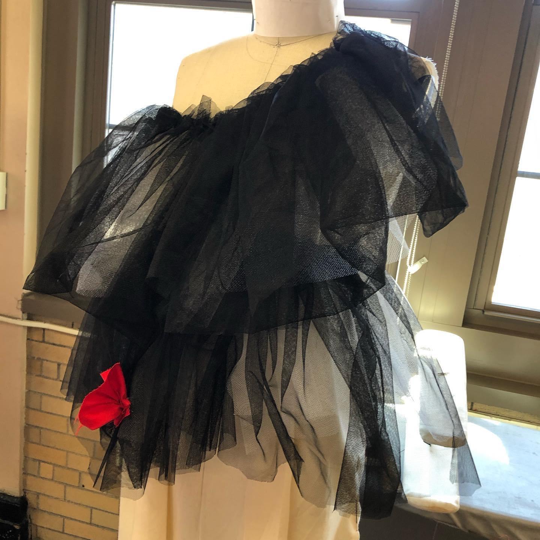 Kelli drape