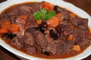 Lundi - Daube de boeuf, pommes de terre & carottes fondantes