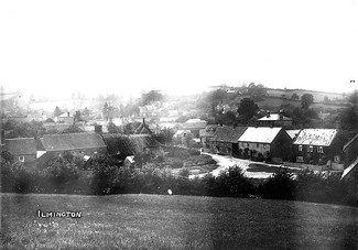 General view of the village of Ilmington. 1910s