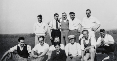 Ilmington cricket club 1947(?). Bert Empson, B Wyton R Grumley, B Turville, F Pontin, Ron Davies, Aubrey Cooke, Peter Cooke, Carmel Hands, Billy Eyles, S Cook