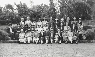 Ilmington WI - 5.6.1928 - Manor garden 1928 - Back row: Mrs Morgan, Miss Hinton, Mrs Hands, Mrs Freeman, Miss Dumbleton, Miss Hillier, Mrs Hotchkiss, Miss Handy, Mrs Crossley, Mrs Carter, Miss Hathaway. Middle row: Mrs Hurleston, Mrs Will Smith, Mrs Coton, Mrs A Smith, Mrs Stephenson, Mrs Flower, Miss White, Miss Clark, Mrs Jenkins, Miss B Hands, Mrs Firkins, Mrs Handy, Mrs Cooper. Front row: Mrs South, Mrs Ashbourne, Mrs Barnes, Mrs Smith, Mrs W Cooke, Mrs O'Donnell, Doris Terry, Mrs Jack Terry, Mrs Gaydon, Mrs George Hands, Mrs Pugh