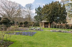 Manor gardens 4