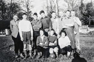 Mixed football team 1950s. Pop Williams, Fred Williams, Frank Everett, Ron Davies, Gerry Hanson, Eric Cooke, Bill Randall, Sid Destoi, ?, ?, June Sabin