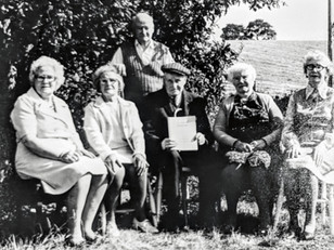 Foster family - Publication of History of Ilmington 1975. Dora Oates, Eleanor Sabin, Frank Foster (standing), Jack Foster, Amelia Cook, Ethel Stanley - 6 remaining brothers & sisters