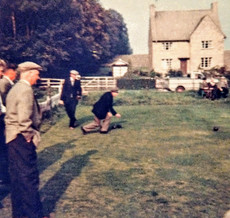 Bowls 1962. Winner: L Williams. Runner up: W Hobbs. (Frank Foster foreground)