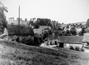 Thatch cottage Frog lane, Peartree cottage 1970s
