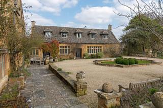 Ilmington manor gardens 8/3/21 F