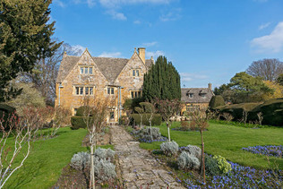 Manor gardens 1
