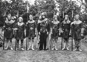 1936 pageant - Ted Freeman, Jackie Prattley, George Hands, Cyril Longsdon, Bert Hands, Roy Thorne, Frank Horne