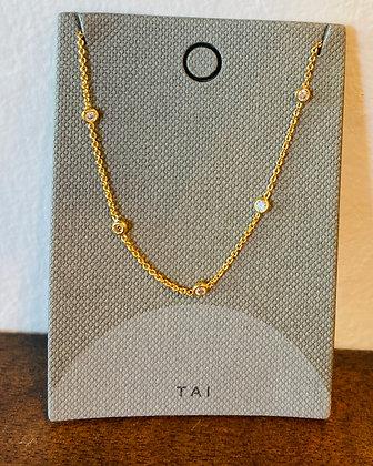 Tai gold with diamond detail
