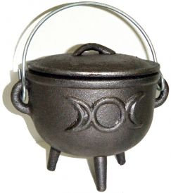 Cast Iron Cauldron with Lid, Moon 4.5 Inches