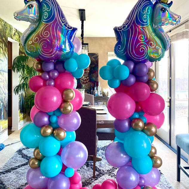 VB Organic Unicorn Balloon Columns.jpg