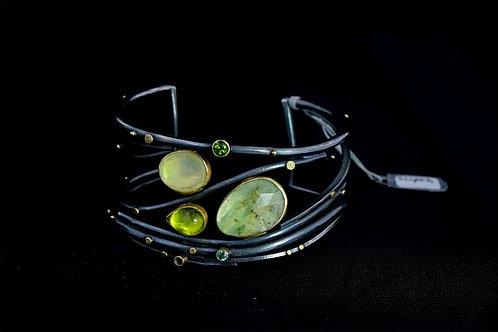 Triple Emerald Stone Cuff