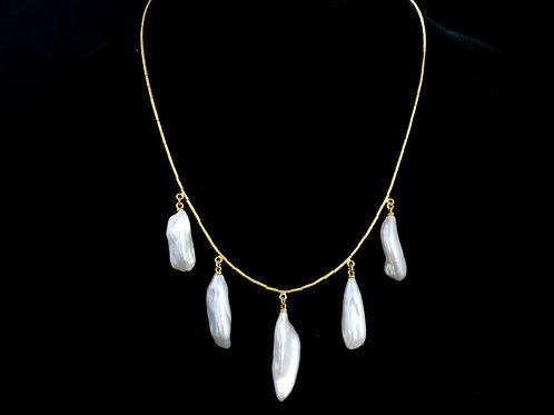 Unique Five Pearl Drop Necklace