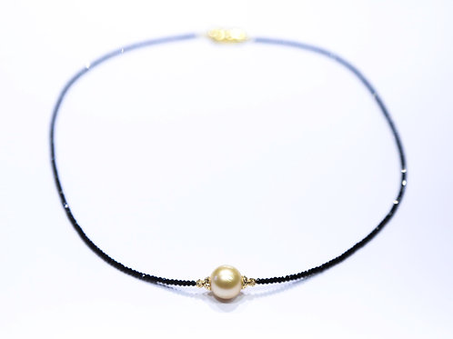 Tahitian Pearl Necklace (Gold)