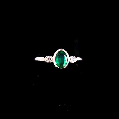 Mini Emerald Ring