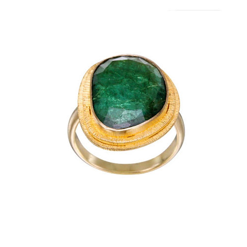 Textured Emerald Ring